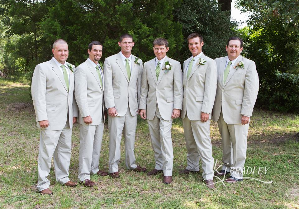 Groomsmen_tan_wedding_photography_nc