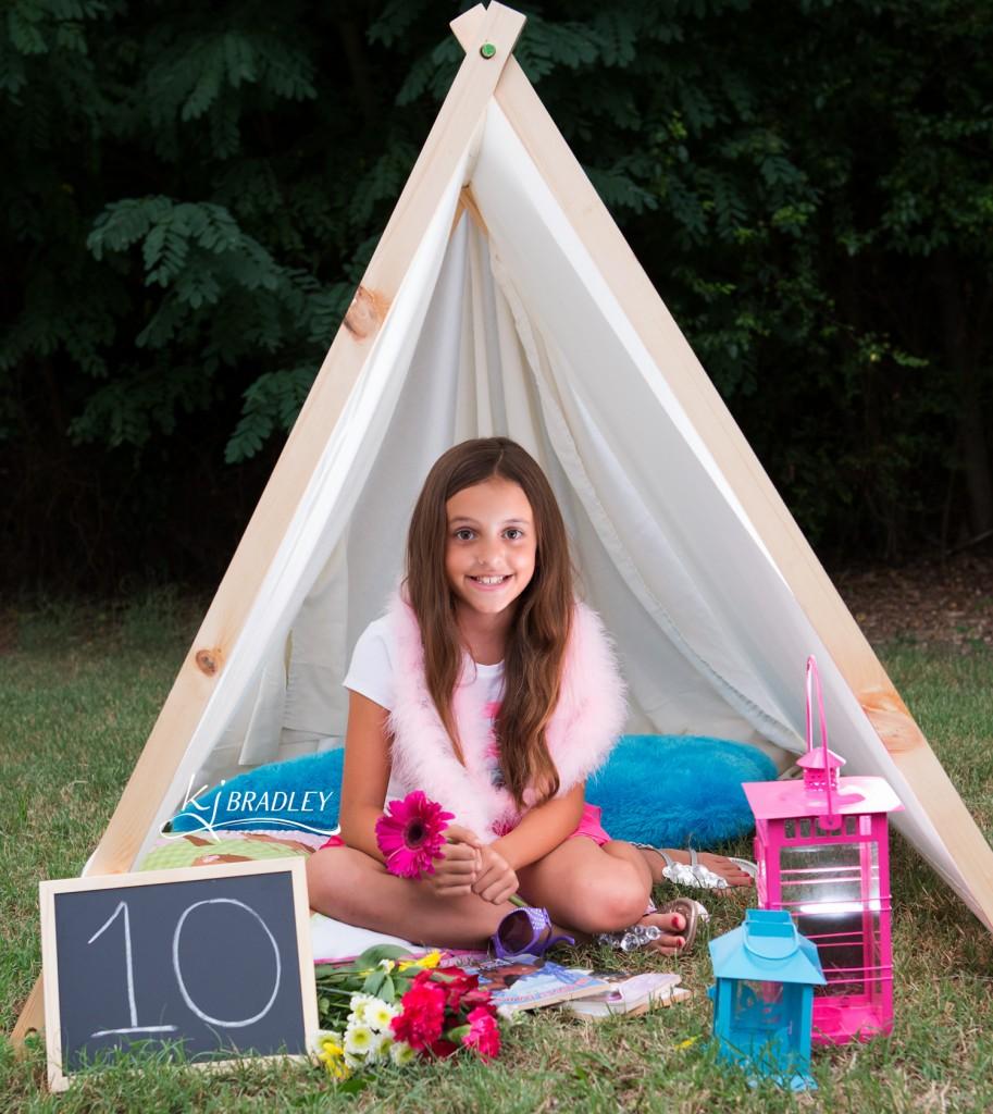 Tent Photo Props