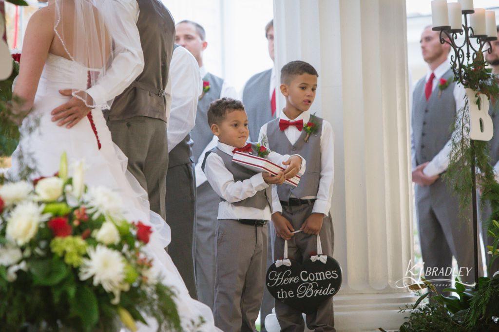 rose_hill_wedding_ring-beare_kj_bradley_photography